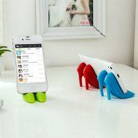 Giá đỡ điện thoại hình đôi giày