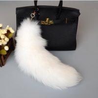 Móc khóa lông đuôi cáo bắc cực trắng ivory dài 44 cm
