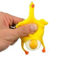 Móc khóa gà đẻ trứng vui nhộn Squeezed Toys