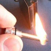 Hộp quẹt thép đá lửa magnesium dùng xăng có thể sử dụng 10000 lần