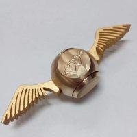 Con quay spinner bóng vàng ma thuật Gold Snitch Harry Potter