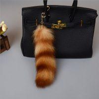 Móc khóa lông đuôi cáo lửa cầy vòng đỏ dài 26 cm