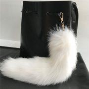 Móc khóa lông đuôi cáo bắc cực trắng ivory
