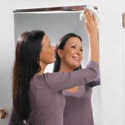 Decal đề can hiệu ứng gương soi tráng bạc dán tường