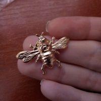 Trâm ghim cài áo ong ong vàng đồng cao cấp cho nam nữ công sở Brooches